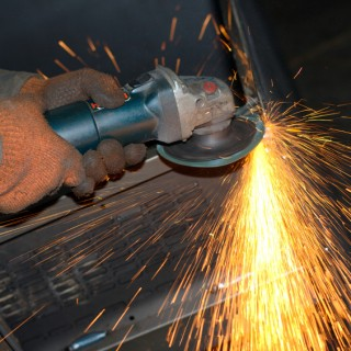 Hand Guided Tools for Ultra Thin Metal Cut-Off